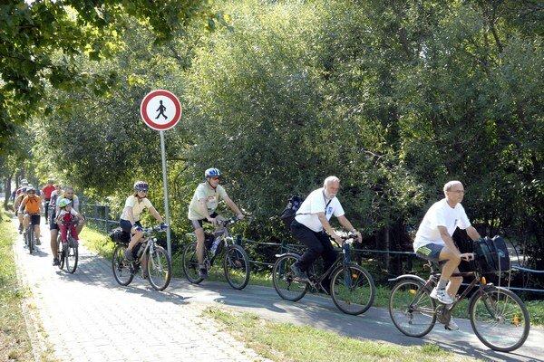 Metropola východu. Je v nej vyznačených len 26 km cyklotrás.