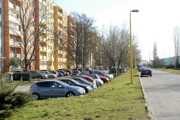 Nové parkovisko. Na Bukoveckej ulici vznikne 84 miest.