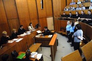 Odvolací súd vo štvrtok určil ďalšie pojednávania na júl.