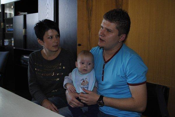 Rodičia a Tobias. Na poslednej kontrole v košickej nemocnici.