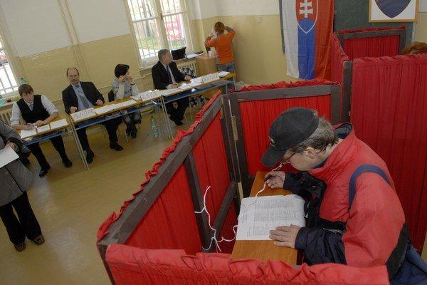 Voľby do KSK. V roku 2009 bola volebná účasť necelých 23 percent.