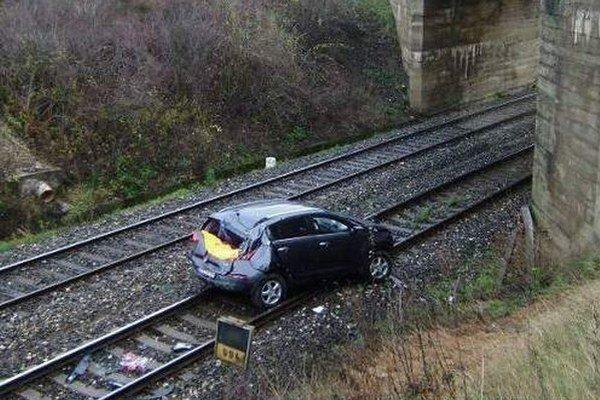 Vodič mal šťastie, že nešiel vlak.