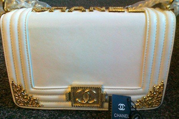 Falzifikát. Toto má byť kabelka za 2000 eur.