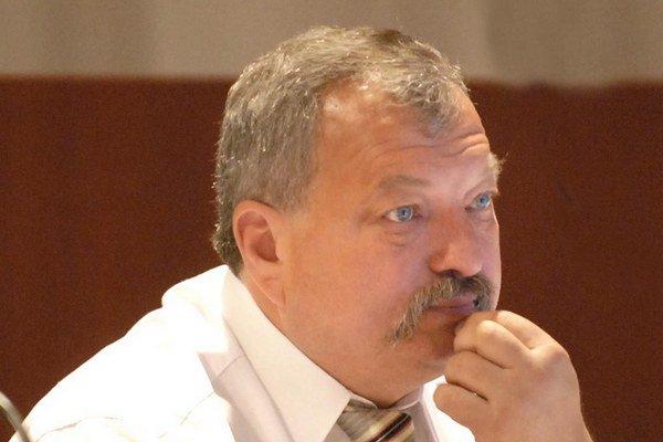 Ján Szöllös. Ako referent zarobí len štvrtinu toho, čo mal ako podpredseda KSK.