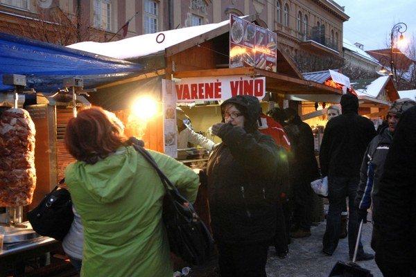 Vianočné trhy na Hlavnej