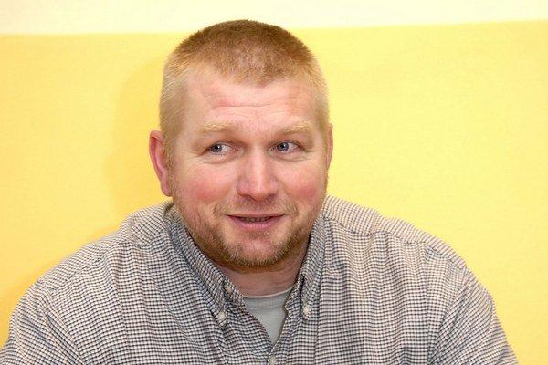 Ján Babarík. Pálením mostov možno odštartoval sľubnú kariéru spisovateľa.