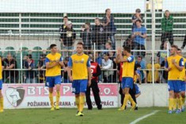 Po derby v Prešove. Košičania ďakujú za podporu svojim fanúšikom.