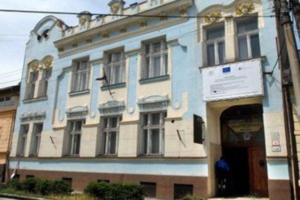 Budova na Kukučínovej. O jej predaji poslanci rozhodli ako o prípade hodnom osobitného zreteľa.