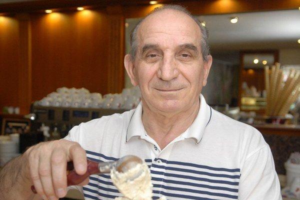Rami Imeri je už srdcom Košičan. Jeho vášňou sú cukrárne, chce, aby ľudia mali sladký život a nevysedávali v krčmách.