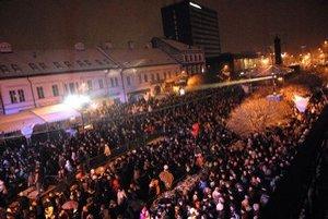 Tisíce ľudí si prišli program pozrieť naživo do centra Košíc.