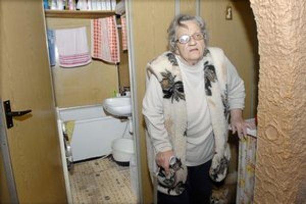 Glória Pankuchová (79). Trápia ju nohy i srdce, podľa posudku potrebuje opatrovateľku denne.