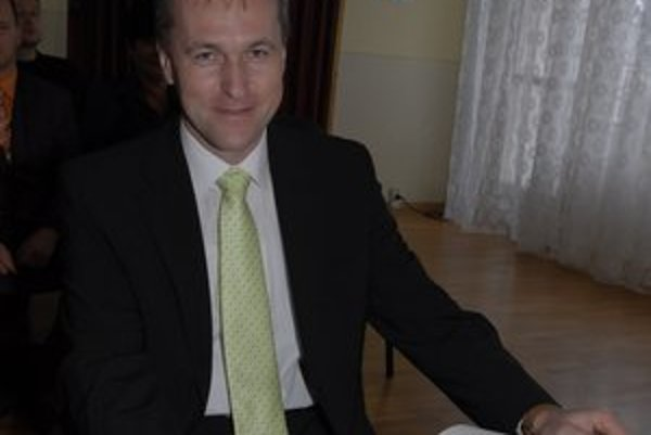 Ján Sekáč. Poslanec SDKÚ vraj počúva od svojich voličov na Kosit len samé sťažnosti.