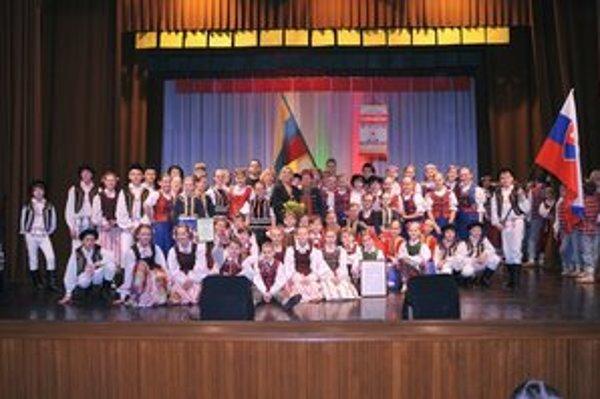 Užili si Litvu. Malým folkloristom tam vraj bolo skvele.