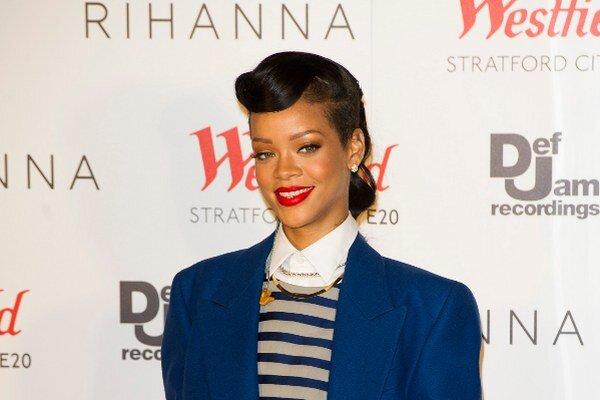 Rihanna - z dobrého dievčaťa sa stalo zlé, no zdá sa, že jej to prospelo na celej čiare.
