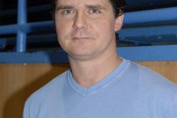 Tréner P.K.P. Košice Richard Bačo.