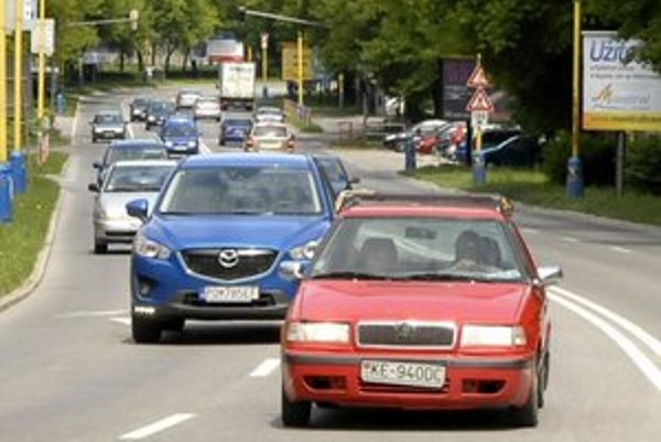 V dvoch pruhoch sa jazdí aj po Watsonovej ulici