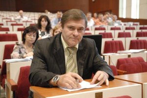 Milan Jankura bude radiť rezortu hospodárstva, popritom ostáva šéfom dvoch mestských podnikov.
