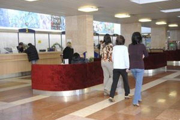 Mestskí úradníci priemerne dostanú 440 eur.