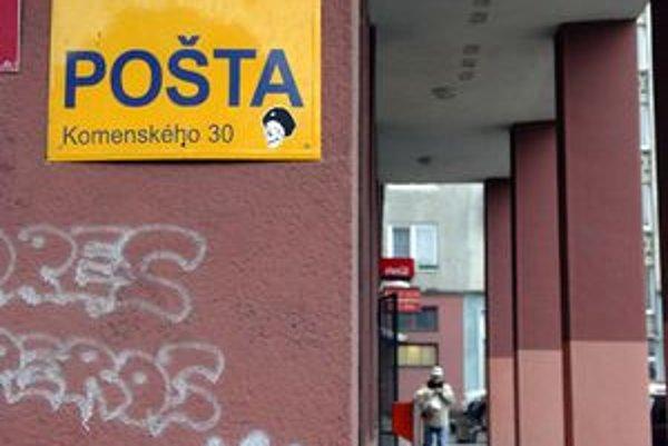Pošta na Komenského ulici.