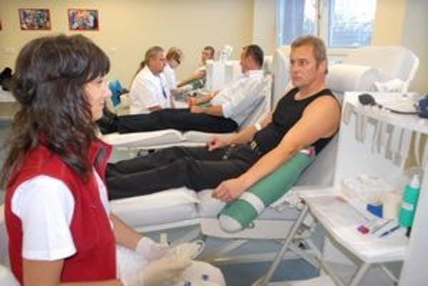 Darcov krvi sú v Košiciach tisíce.