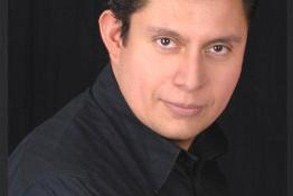 Rafael Alvarez. Spojenie vášnivej Bizetovej muziky s južanským temperamentom Alvareza je prísľubom mimoriadneho zážitku.