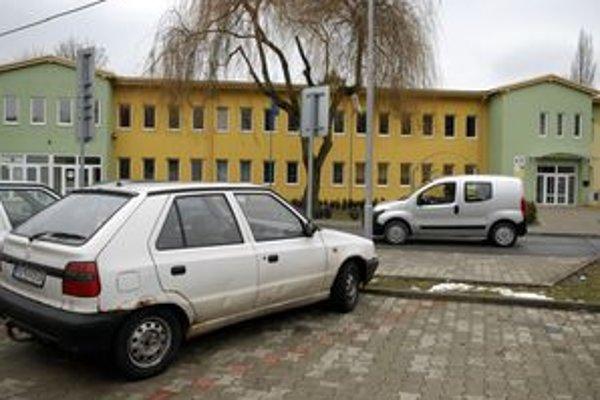 Jazerský úrad, Splátka za jeho rekoštrukciu bude stáť 50 200 eur.