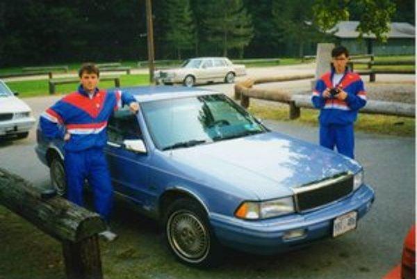 Na podujatiach v zahraničí si Jozef Pollák vyskúšal šoférovanie aj na iných značkách áut.