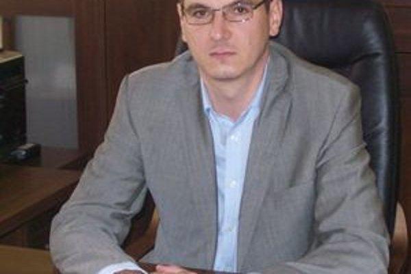 Juraj Slafkovský. Chce investovať do obnovy vedení.