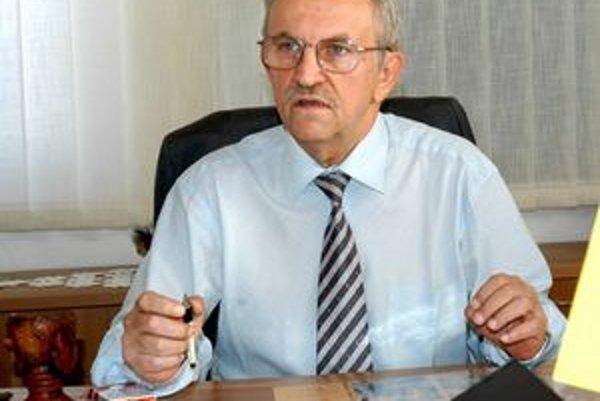 Exšéf archívu Jozef Kirst. Bol proti degradácii archívu. Už nie je zamestnancom mesta.