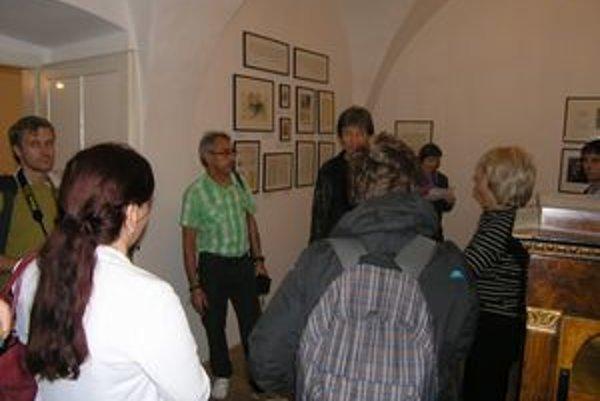 Pamätnú izbu otvoria v októbri. Tešiť sa môžete na zaujímavé exponáty.