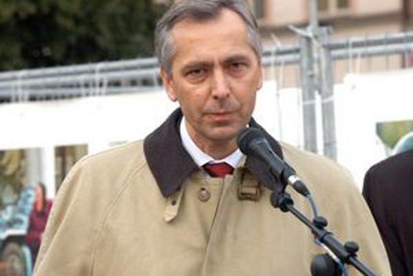 Minister dopravy Ján Figeľ si myslí, že sa Košičania už v roku 2015 napoja na západoeurópsky diaľničný systém.