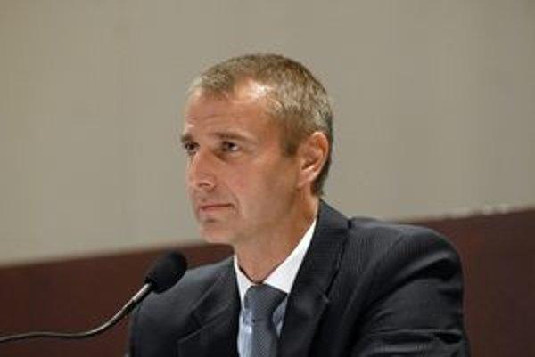 Primátor. Richard Raši (Smer).