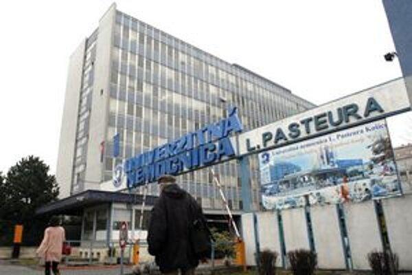 Univerzitnú a detskú nemocnicu transformácia do konca roka zrejme nečaká.