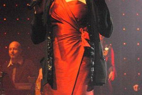 Marie Rottrová. Spevácka legenda sa rozlúčila aj s košickým publikom. To si koncert užilo a počas večera nešetrilo nadšeným potleskom.