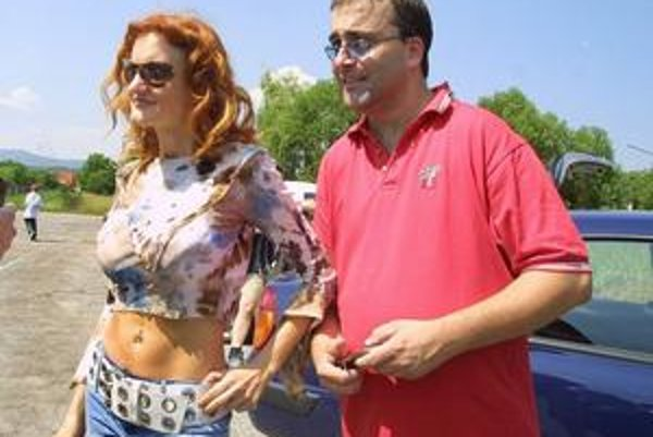 Marián Gaj a Anna Gaja. Podnikanie preberie speváčka.