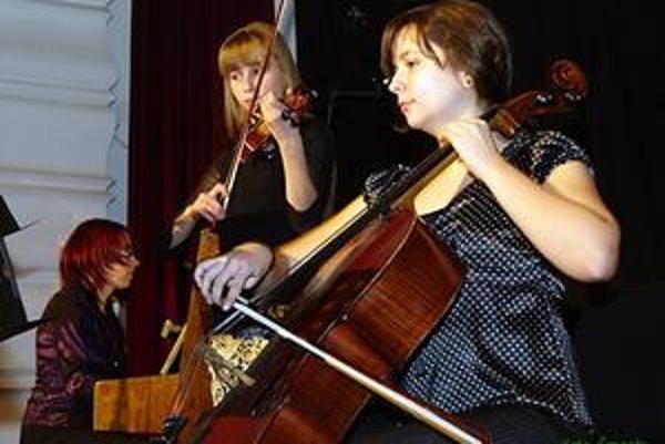 Foto z 2.ročníka v roku 2010 (ZUŠ Márie Hemerkovej).