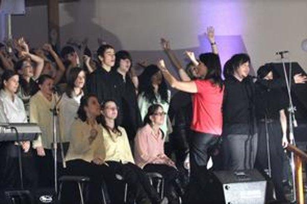 Výnimočné deti. Na koncertoch dokazujú, že napriek hendikepom sa dokážu zo života radovať.