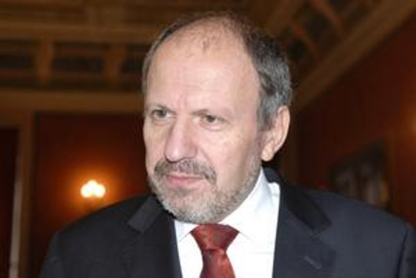 František Knapík. Zaznamenal návrat do veľkej politiky. Stal sa mestským predsedom KDH v Košiciach na najbližšie obdobie.