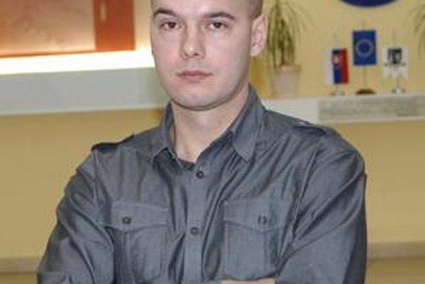 Ján Kubička sa so svojím bratom rozhodol vzdať svojich poslaneckých odmien.