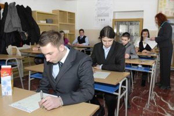 Maturita. Študentom začal týždeň plný stresov.