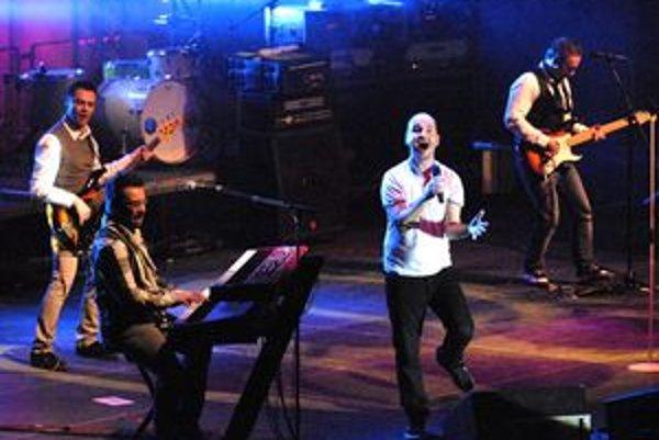 Skvelá šou. Napriek koncertu z iného súdka to muzikanti z No Name roztočili vo veľkom.