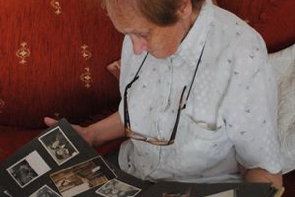 Pani Edite ostali po väčšine príbuzných iba fotografie.