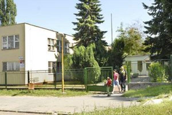 Staromestská MŠ Tatranská. Odstrániť havarijný stav elektriny možno bude môcť už v lete.