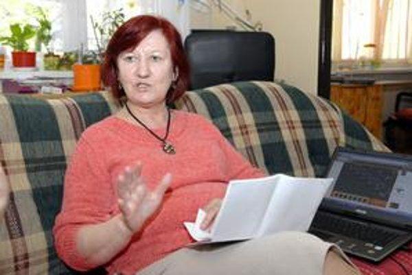 Odvolaná riaditeľka Božena Haklová všetky obvinenia popiera a nerozumie, prečo sa pedagógovia postavili proti nej.