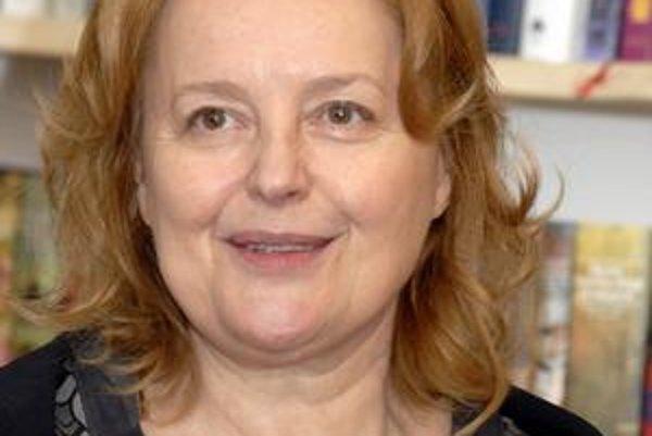 Bývalá herečka, v súčasnosti politička a spisovateľka Magda Vášáryová.