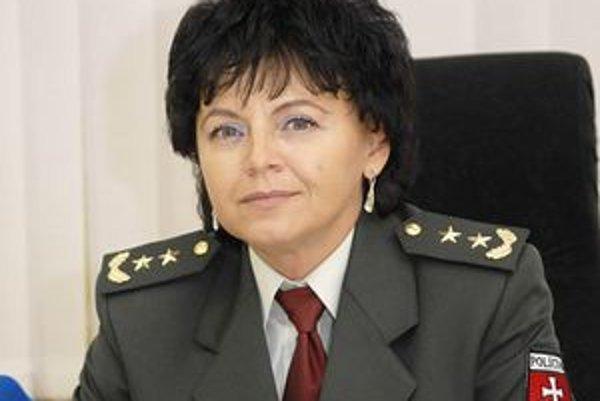 Východniarsky Catani v sukni. Podplukovníčka Jana Baranová má povesť tvrdej a čestnej policajtky.