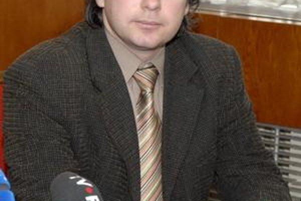 Zástupca riaditeľa magistrátu. Richard Dlhý je presvedčený, že mesto zákon neporušilo.