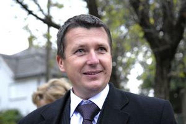 Marek Kažimír kandiduje na primátora ako nezávislý.
