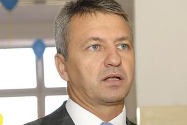 Štefan kandráč. Šéf odboru školstva KSK.