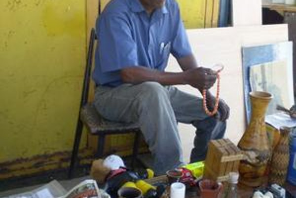 Jemenčan Farooq Oudha.